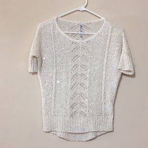 Assolutely sparkly cream sweater